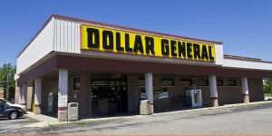 does dollar general hire felons